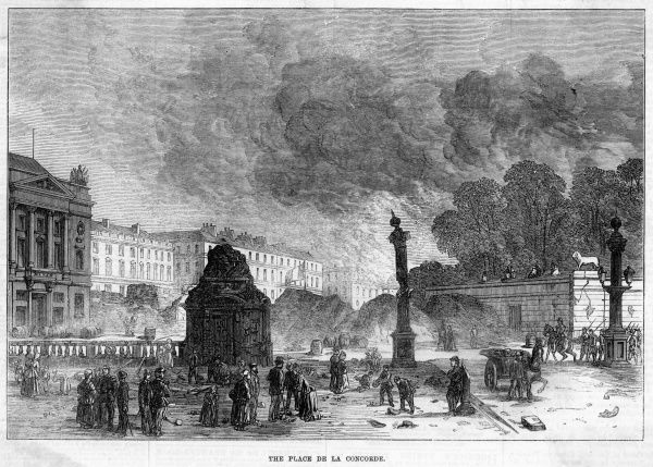 Surveying the damage after fighting in the place de la Concorde