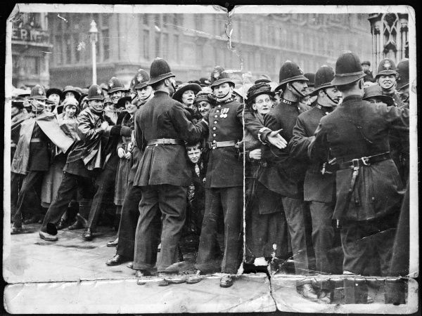 Metropolitan police officers on crowd control duty in London Date: 1911