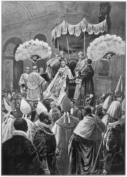 The coronation of a pope : Pius X (Giuseppe Sarto) is crowned in St Peter's, Rome Date: August 1903