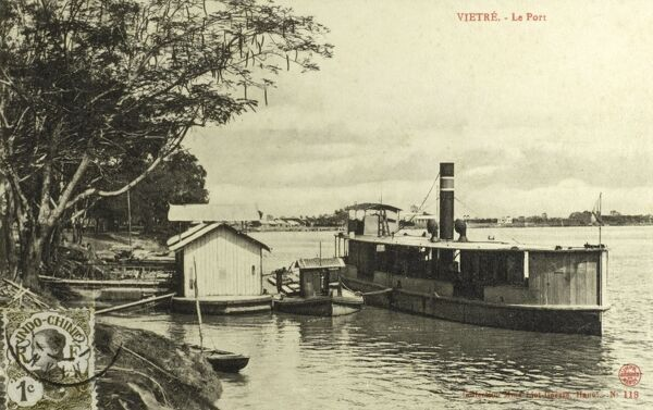 The port at Vietri, Phu Tho, Vietnam. A steamer moored at a landing stage. Date: 1913