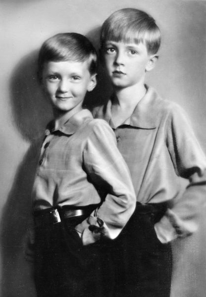 Princes Moritz (right) and Heinrich of Hesse-Cassel in 1933. Moritz and Heinrich were the elder sons of Prince Philipp of Hesse-Cassel. Both boys were born in Italy; their mother was Princess Mafalda, the second daughter of King Victor Emmanuel III