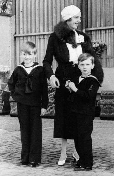 Princess Mafalda of Savoy (1902-1944) with her two eldest sons. Left is Moritz (b.1926) and Heinrich (1927-1999)