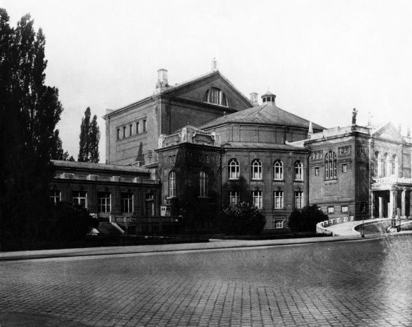 The Prinzregenter Theatre, Munich, completed in 1901, was built for performances of Wagner's operas. All seats are in the amphitheatre. Date: 1930s
