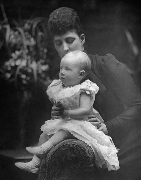 Queen Alexandra (1844-1925) with her eldest grandchild, Lady Alexandra Duff, later Princess Arthur of Connaught (1883-1938), daughter of Princess Louise, Duchess of Fife