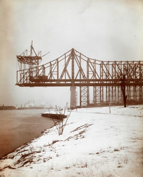Queensboro Bridge being built on Blackwell's Island, New York. bridge bridges america american blackwells blackwell building construction