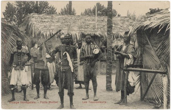 SENEGAL Men of Senegal in their village, Porte Maillot