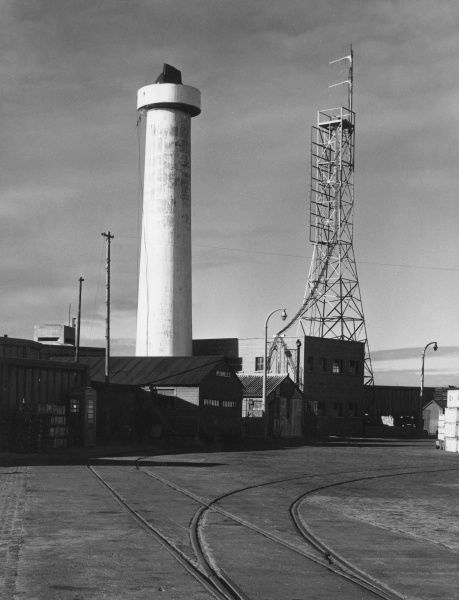 The Radar Tower and Mast at Gladstone Dock, Liverpool, Merseyside, England. Date: 1960s