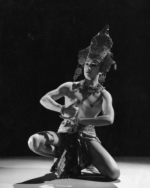 Ram Gopal (1917-2003) Indian ballet dancer