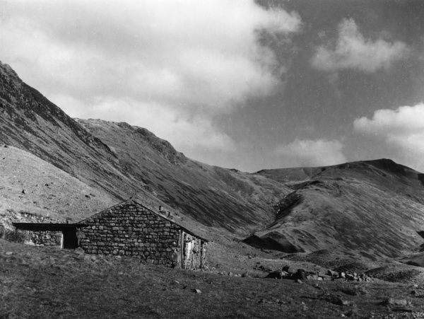 The delightful, if somewhat remote, location of the Black Bull Youth Hostel, at the head of Ennerdale, Cumbria, England. Date: 1950s