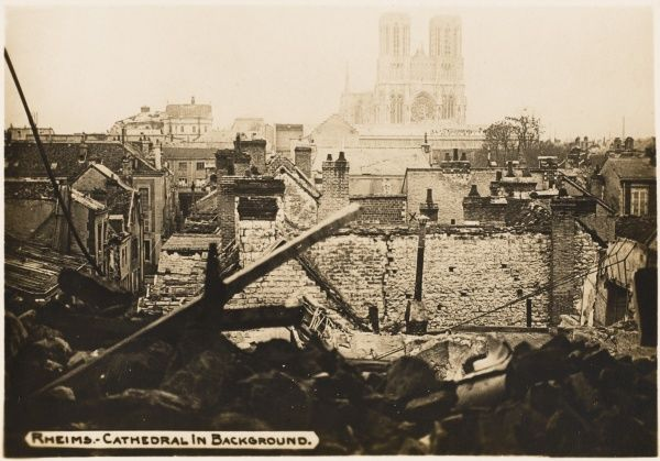 Rheims city view with cathedral in the background during World War I
