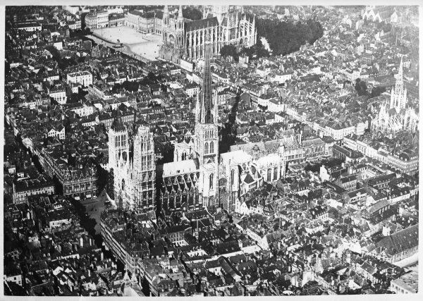 An aerial photograph of Rouen, France, showing the cathedral