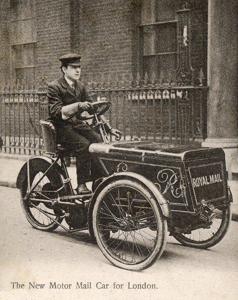 Royal Mail car for London in the reign of Edward VII. Unattributed photograph