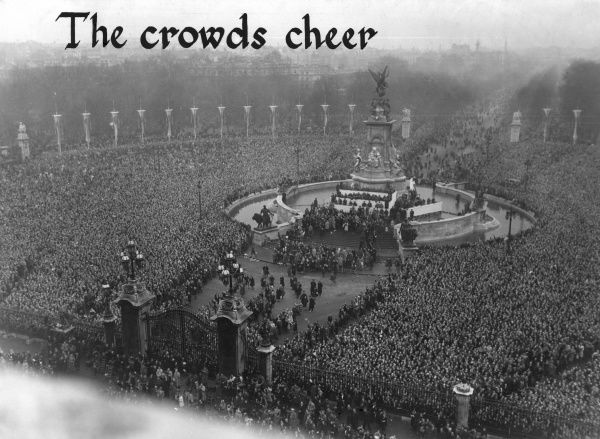 Spectacular aerial photograph showing the crowds gathered in front of Buckingham Palace to cheer the newlywed Princess Elizabeth (Queen Elizabeth II) and Prince Philip, Duke of Edinburgh, following their marriage at Westminster Abbey on 20 November