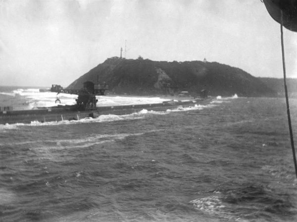 Scene off the coast of Durban, South Africa, during the First World War. Date: 1917