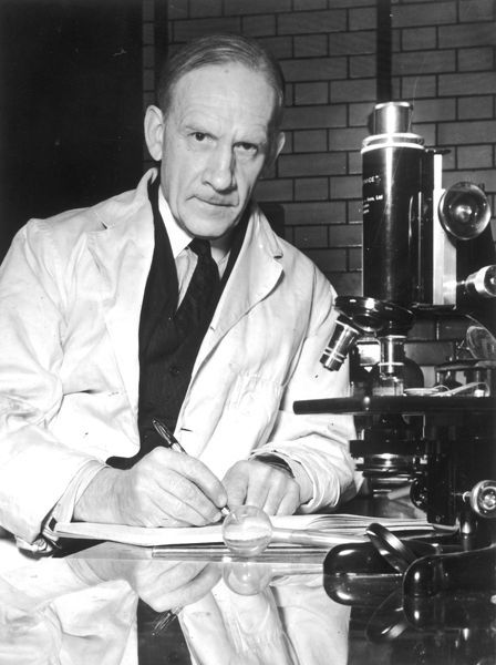 ROBERT ROBINSON Scientist; pioneer in the synthetic production of penicillin; winner of the Nobel Prize for Chemistry in 1947 for his work on alkaloids
