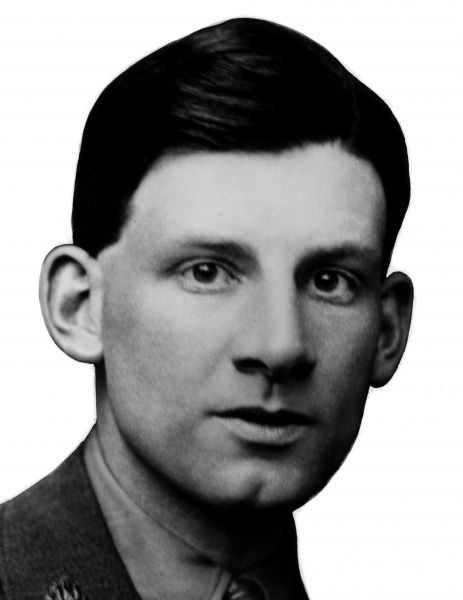 Siegfried Sassoon (1886-1967) - An English poet, author and soldier. Decorated for bravery on the Western Front, he became one of the leading poets of the First World War. Date: circa 1916