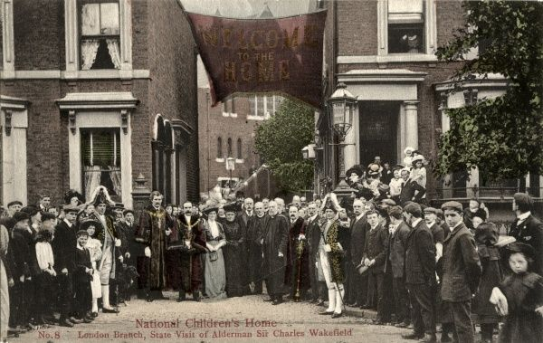State visit by Alderman Sir Charles Wakefield (1859-1941) and other City of London dignitaries to the London Branch of the National Children's Homes (NCH), Bonner Road, Bethnal Green, East London. The NCH is now known as Action for Children
