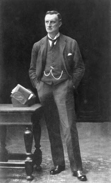 Sir Edward Grey, 1st Viscount Grey of Fallodon (1862-1933), British Liberal politician and ornithologist. He served as Foreign Secretary (1905-1916) under Campbell-Bannerman, Asquith and Lloyd George. Date: 1910
