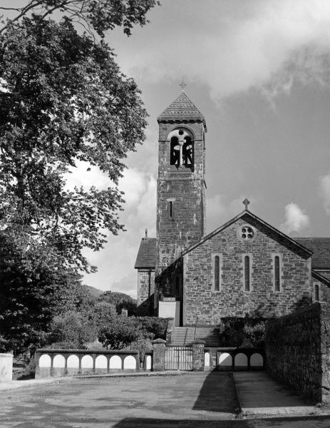 The church at Sneem, a small fishing village on the River Sneem, in County Kerry, Ireland. Date: 1950s photo