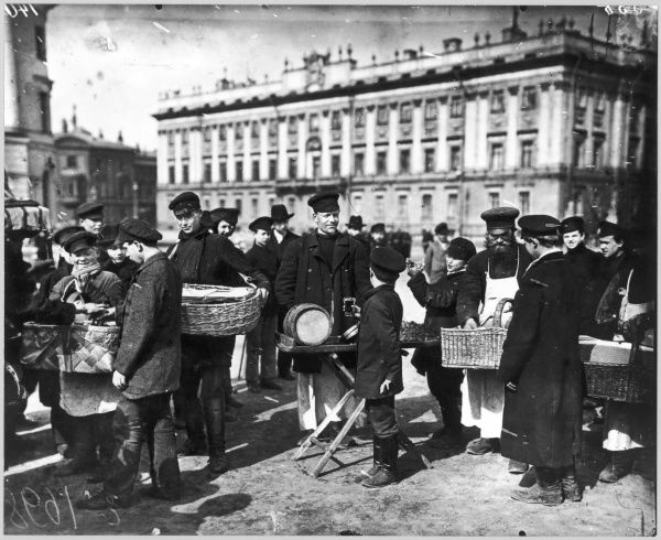Buying and selling 'sbiten' (a hot drink) in Dvorstovaya Square, St Petersburg