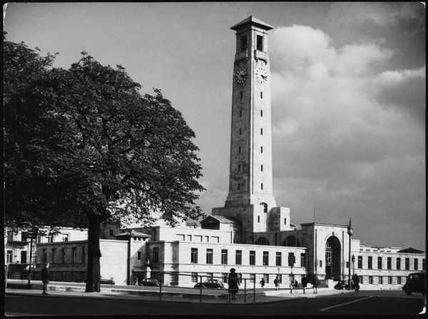 The magnificent Civic Centre building, Southampton, Hampshire, the first civic centre in Britain. Designed by E. Berry Webber. Foundation stone was laid in 1930