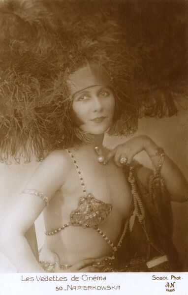 Stacia Napierkowska (18911945) - a French actress and dancer, during the silent film era, appearing in 86 films between 1908 and 1926. Date: circa 1920