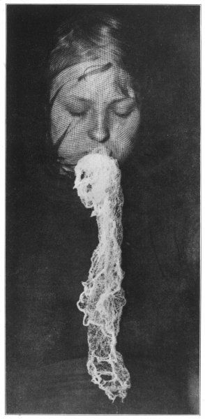 Polish psychic Stanislawa P. produces ectoplasm at Munchen in the presence of Schrenck- Notzing ; in 1930 Osty accused her of systematic deception