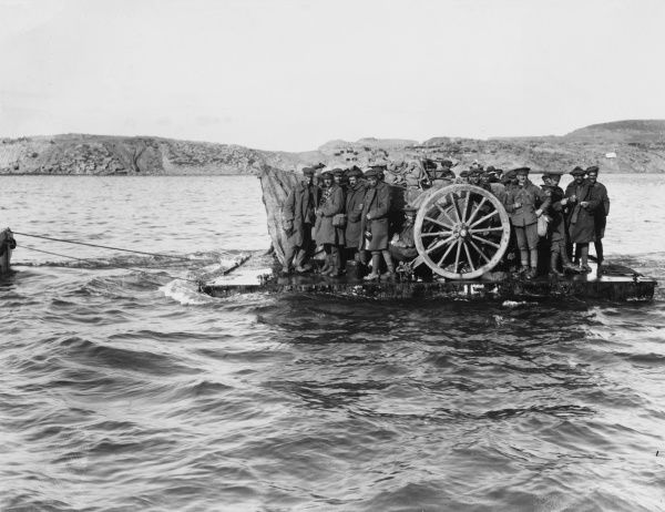 Evacuating guns and personnel from Suvla Point on rafts in daylight during World War I at Gallipoli