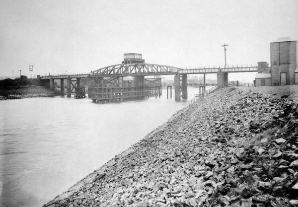 View of the Swing Bridge over the River Neath, at Neath, Port Talbot, South Wales, a railway bridge, opened in 1892, which carried the former Rhondda and Swansea Bay Railway near Skewen. The bridge is now permanently locked