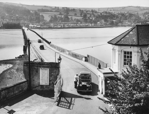 The Teignmouth-Shaldon Toll Bridge, over the River Teign, Devon, England