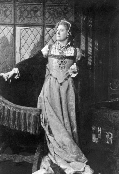 English actress in the role of Queen Katherine in Shakespeare's King Henry VIII