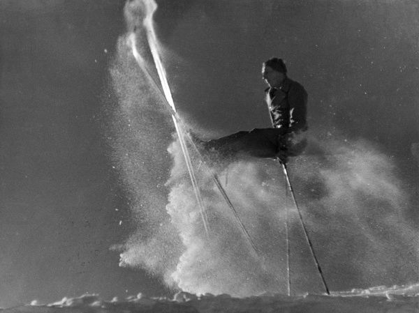 Called after the name of the inventor, the 'Texas' is one of the most spectacular of ski jumps! Date: 1930s