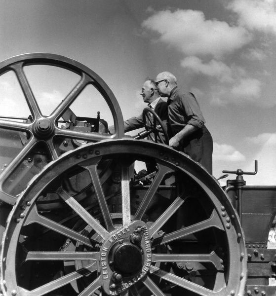 Racing a traction engine Date: 1963