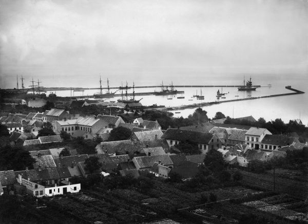 Overview of the town of Trelleborg, about 1900. Date: C. 1900s