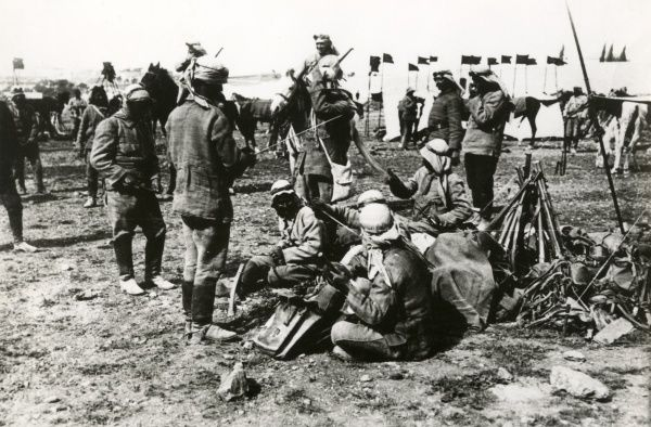 Turkish cavalry bivouacking outside Gaza, Palestine, during the First World War. Date: April 1917