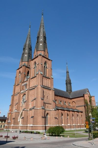 View of Uppsala Cathedral in Uppsala, Uppland, Sweden, dating back to the late 13th century. It is the seat of the Archbishop of the (Lutheran) Church of Sweden