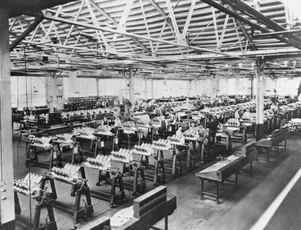 The Willys-Morrow plant in Elmira, New York State: a car factory that was converted to airplane production