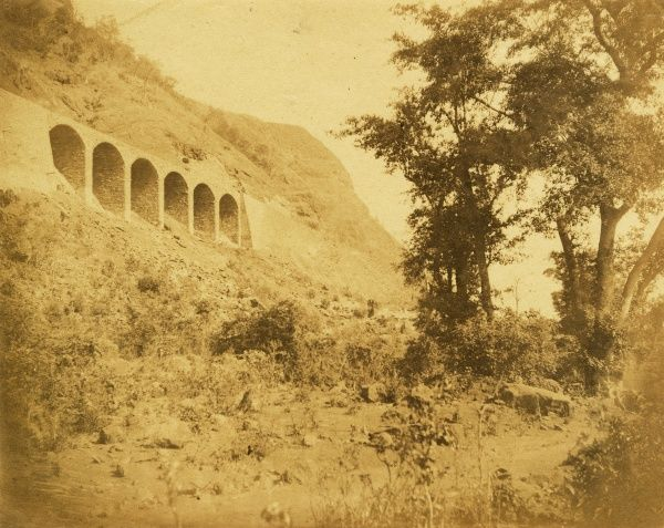 Viaduct and walls below Nath-ka-Doonghur, looking down the incline; at 9 1/8 miles Date: 1856