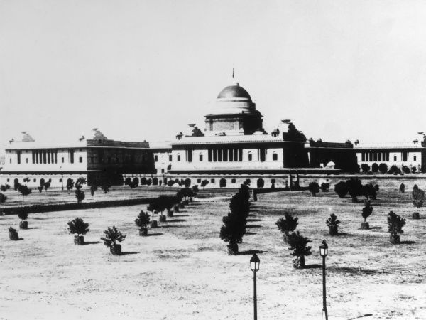The Viceroy's House, New Delhi, India, was designed by Sir Edwin Lutyens (1869 - 1944), which was finally completed in 1929. Date: 1930s