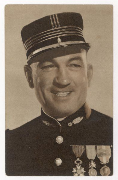 VICTOR McLAGLEN British actor in British silent films and American talkies, seen here in uniform