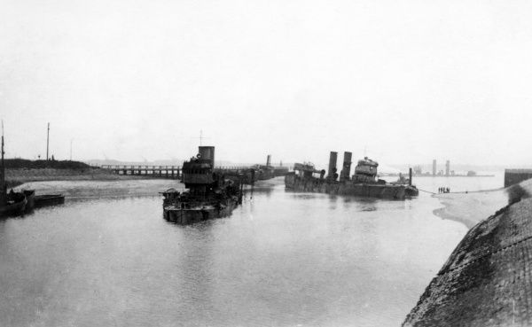 View of the Bruges Canal at the sea port of Zeebrugge, Belgium, during the First World War, around the time of the Zeebrugge Raid (23 April 1918)