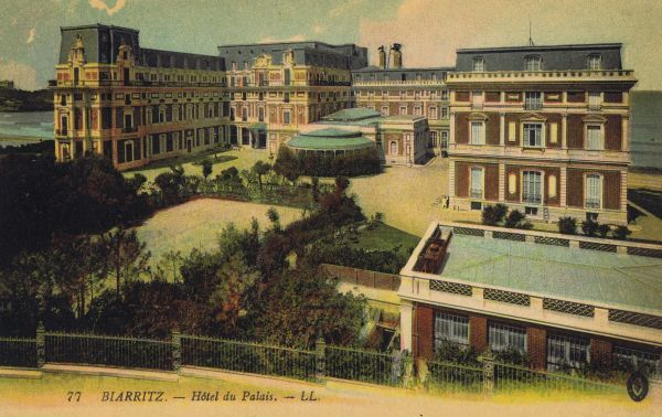 A view of the Hotel du Palais at Biarritz Date: 1910-1920