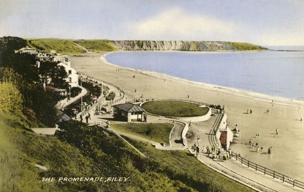 View of the Promenade at Filey, North Yorkshire, from the cliffs. Date: 1940s