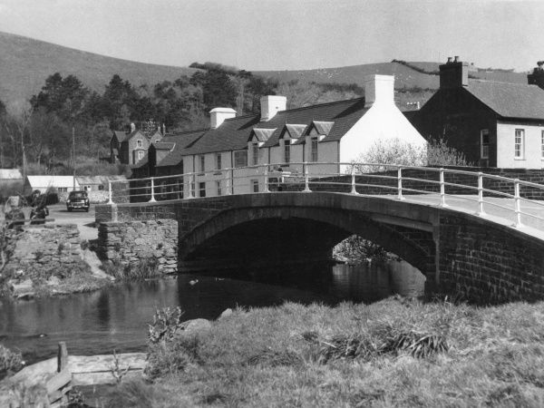The bridge over the River Ystwyth in the village of Llanrhystyd, Cardiganshire, Wales. Date: 1960s