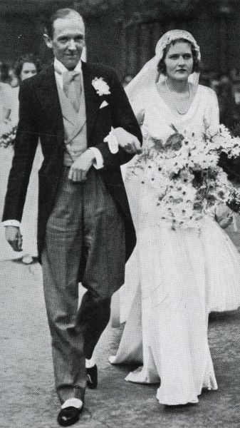 A photograph of John Musker and Elizabeth Loeffler leaving St Margaret's, Westminster on their wedding day