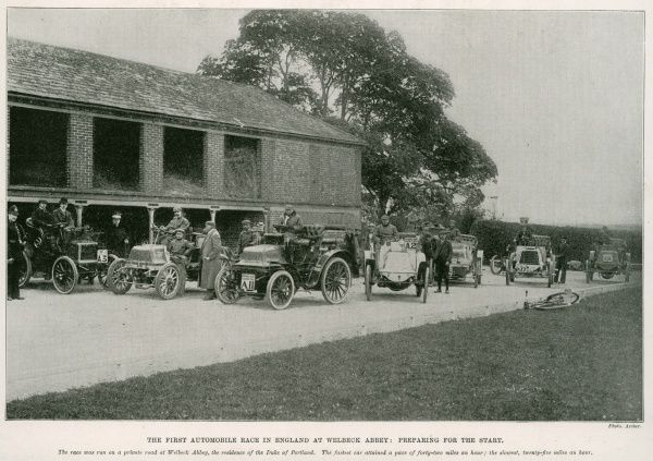 The first automobile race in England at Welbeck Abbey: the start. The fastest car attained a pace of 42 miles/hour