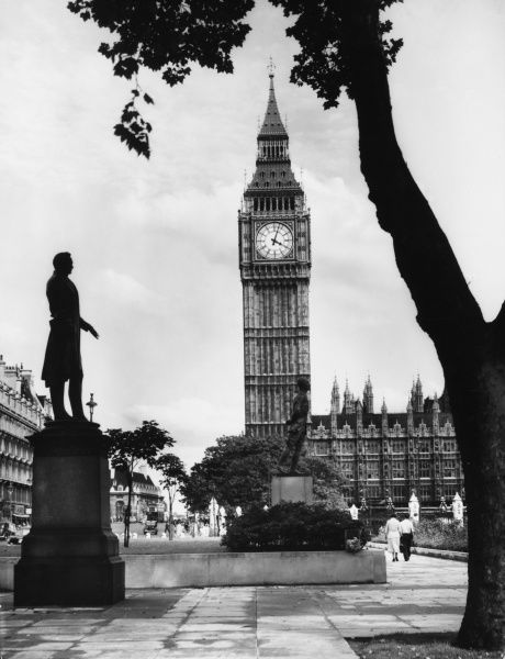 Parliament Buildings and Big Ben', 'The World's Timepiece&#39