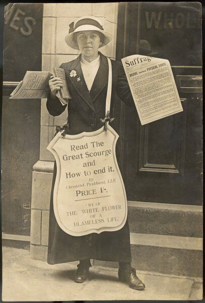 Selling The Suffragette and advertising Christabel Pankhurst's Book - The Great Scourge and How to End it. Date: c1908