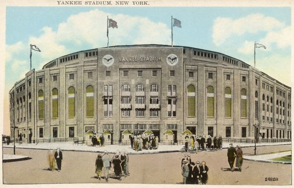 Yankee Stadium Baseball Park in New York, America in the 1930s. It had a seating capacity of 60,000 until it was renovated in 1973