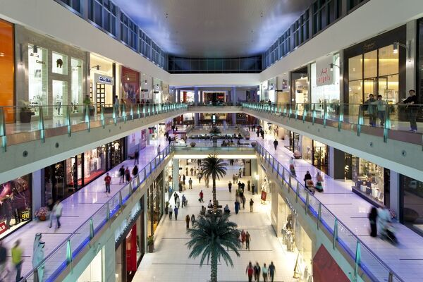dubai mall the largest shopping mall in the world with 1200 shops part of the burj